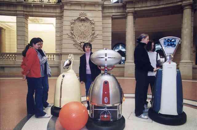 MuseumRobots_Big