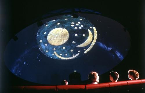 Web_Planetarium_Scheibe_Liptak